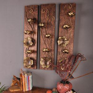 chạm khắc gỗ trang trí tường sen vàng.