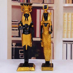 tượng Pharaoh và Cleopatra