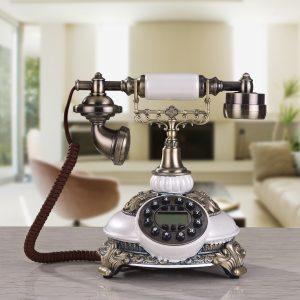 Điện thoại cổ  điển cũ- thời retro cổ điển văn phòng