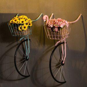 giá treo cây hình xe đạp